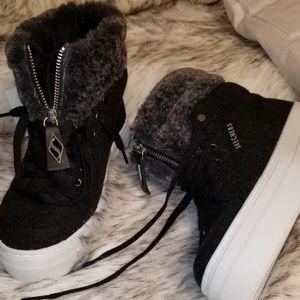 Skechers BOOTIES WITH FUR 💥FINAL MARKDOWN